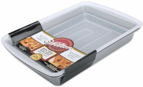 Wilton Recipe Right 9x13-Inch Oblong Pan with Cover