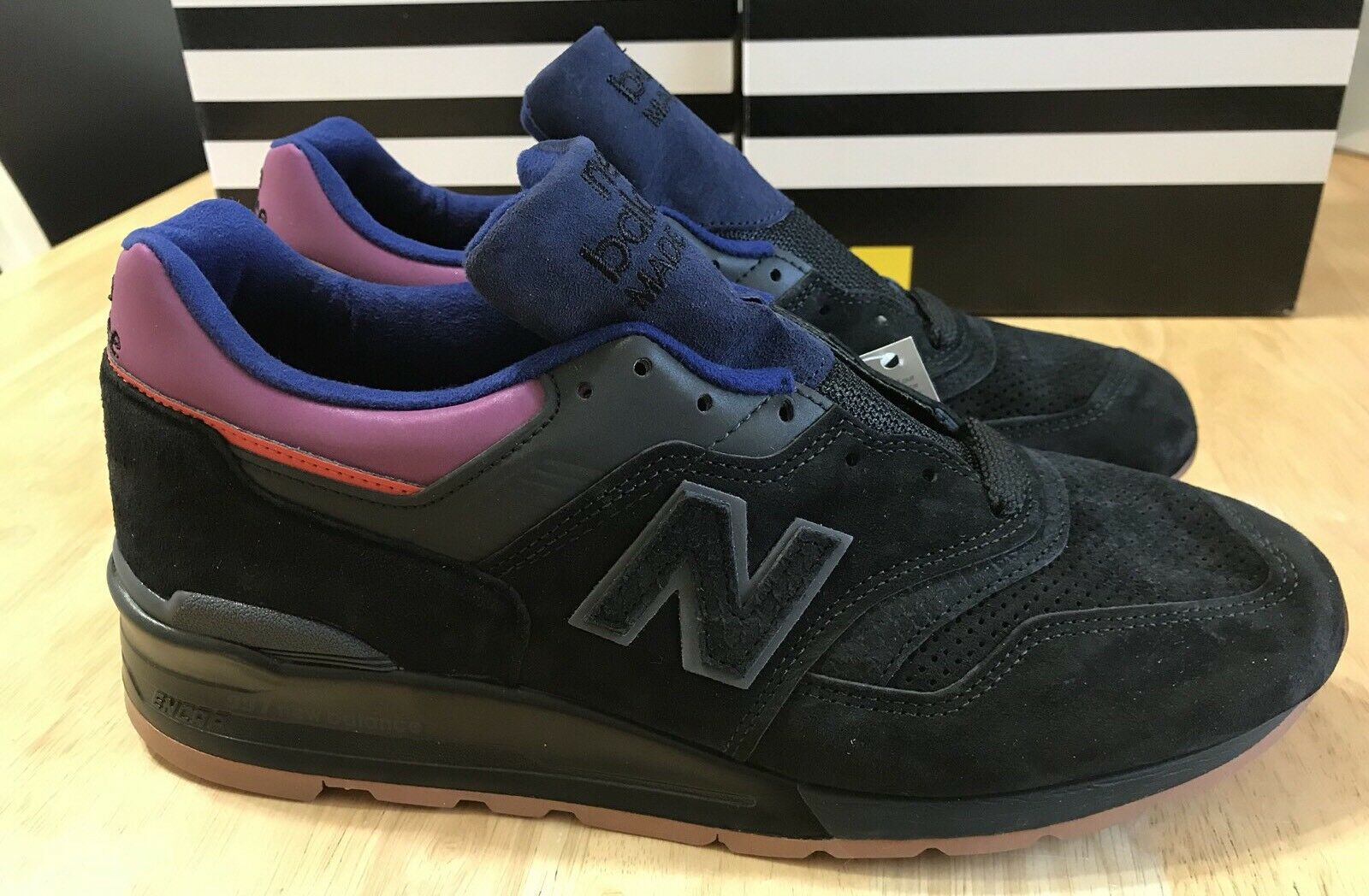 NEW hombres NEW BALANCE M997CSS negro Talla 5 MADE IN THE USA  230