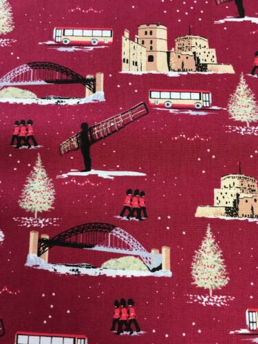 Cotton Fabric Fat Quarter quilting Imprint by Makower Christmas in Britain