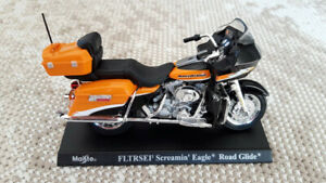 FLTRSEI-Screamin-Eagle-Road-Glide-Maisto