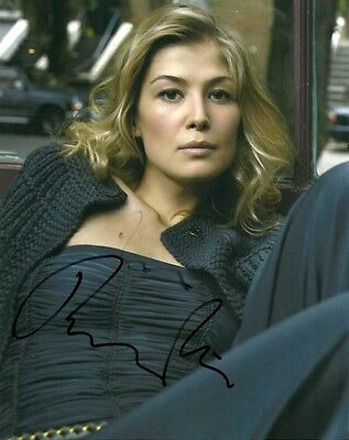 Sexy Rosamund Pike Autographed Signed 8x10 Photo COA
