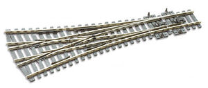 PECO-SL-99-Medium-Radius-610mm-00-Gauge-3-Way-Insulfrog-Code-100-Point-TrackedPo