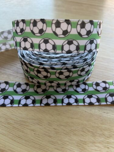 22mm Brand New 1 Metre Black /& White Football Themed Design Grosgrain Ribbon