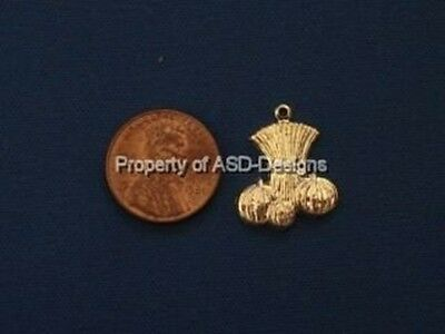50pc Gold Plate Halloween Harvest Hay Stalk Charms 6494