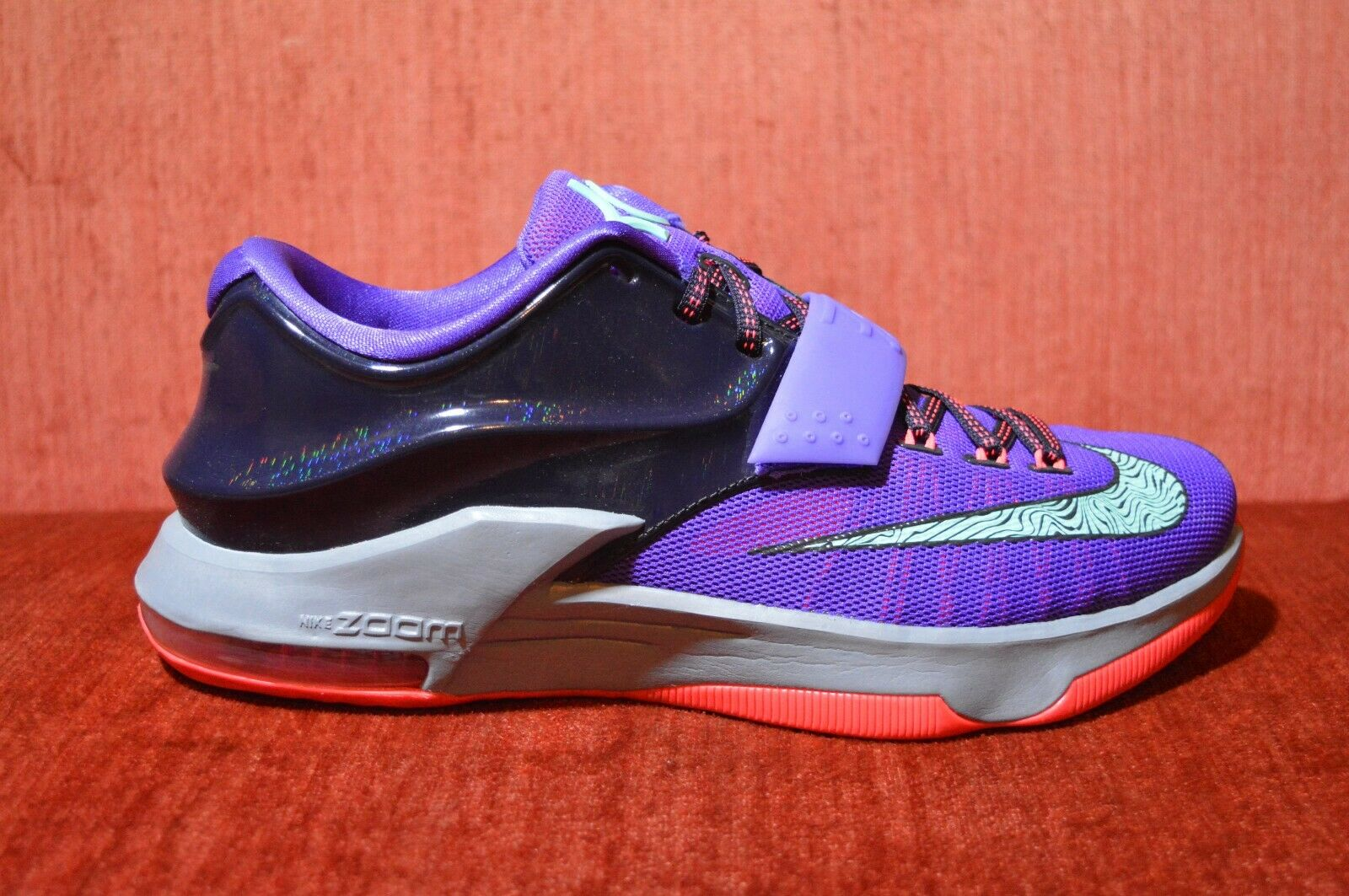 WORN ONCE Nike KD VII 7 Cave Purple Size 9 653996-535 Purple Black Red