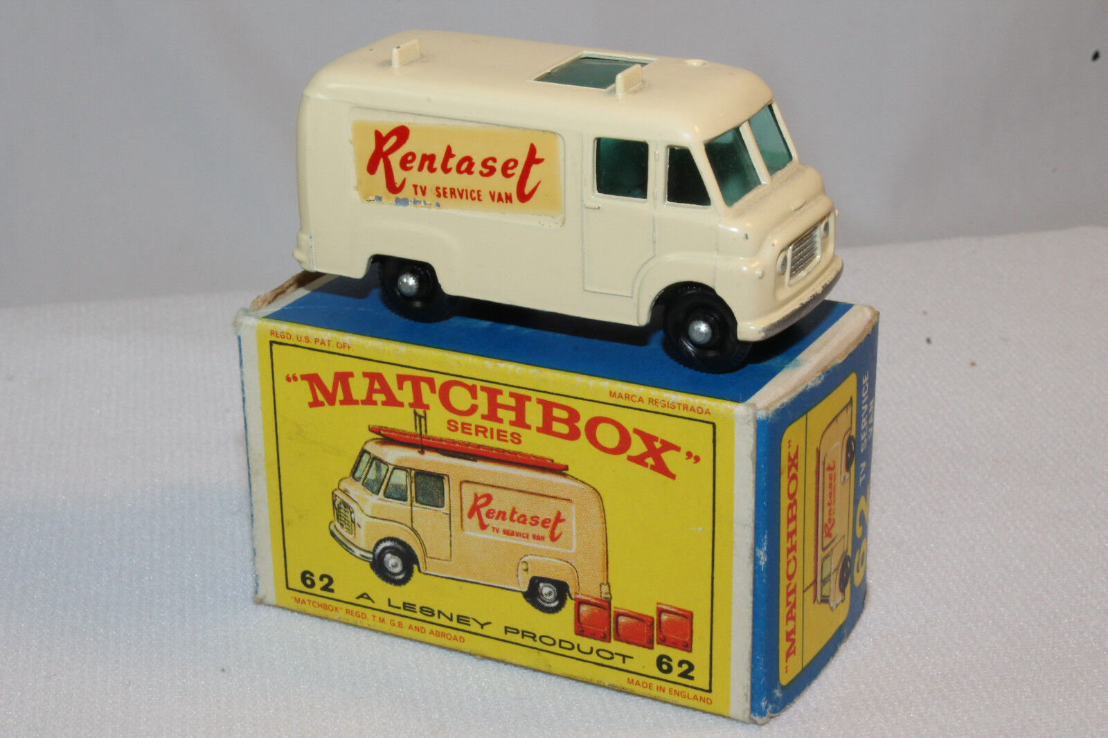 MATCHBOX  62B COMMER TV SERVICE VAN, RENTASET, OUTSTANDING, BOXED TYPE E
