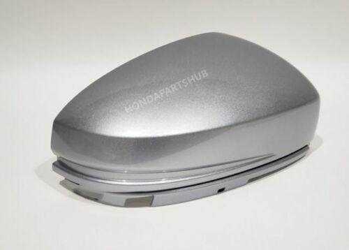 Lunar Silver Metallic 16/'-20/' Honda Fit LX EX /& Sport RIGHT Skull CAP *NH830M*