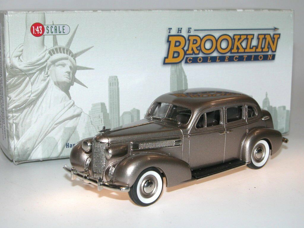 Brooklin BRK 156 1937 oldsmobile l-37 Touring Sedan Marronee poly 1 43 bianca metal