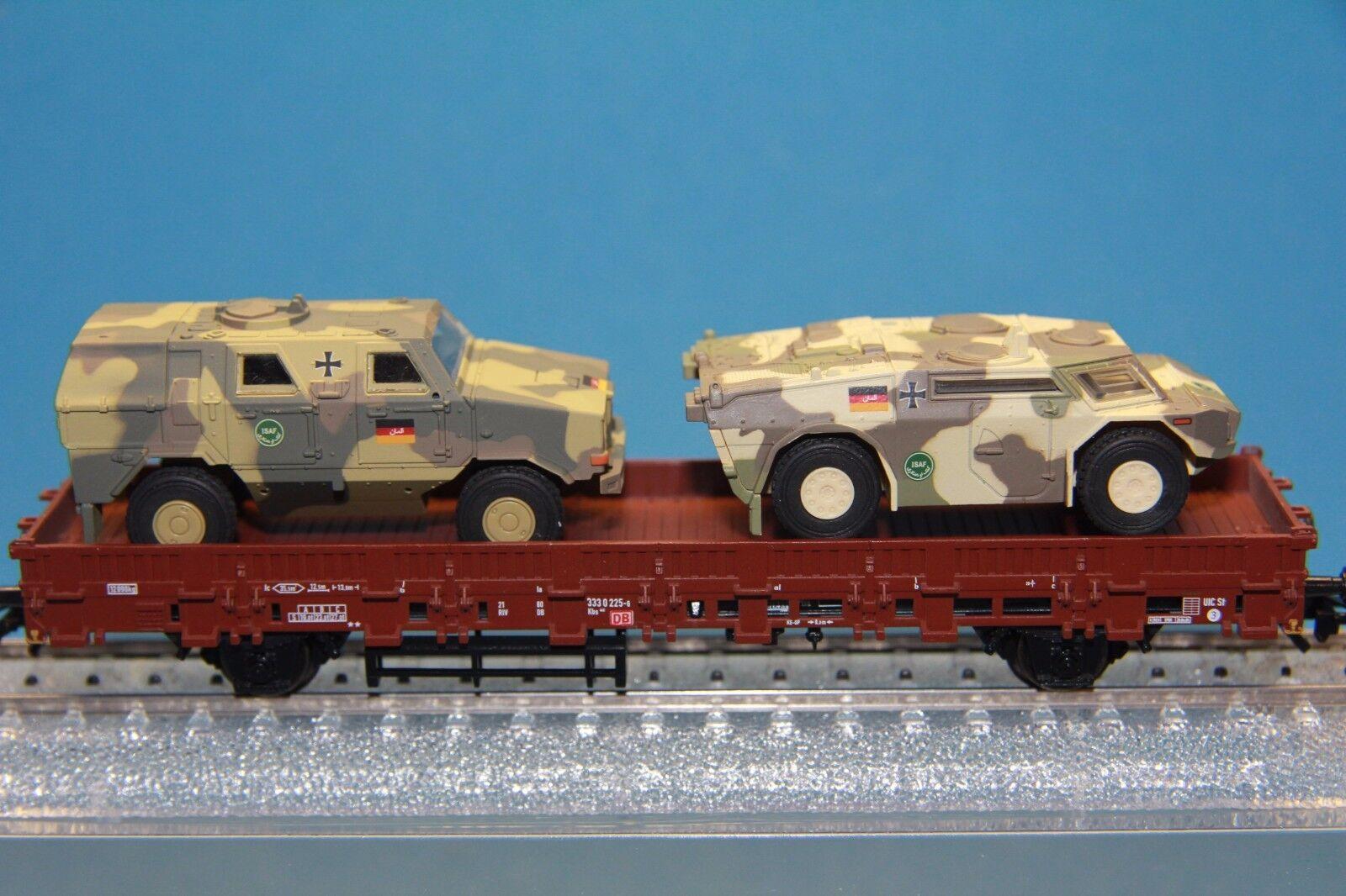 M&B Marklin HO 46920  eurotrain  flatcar with Fennek and Dingo ISAF
