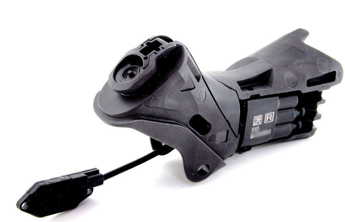 Shimano Dura Ace Di2 ST-9070 Dual Control (Shift Brake) Lever Bracket, Right