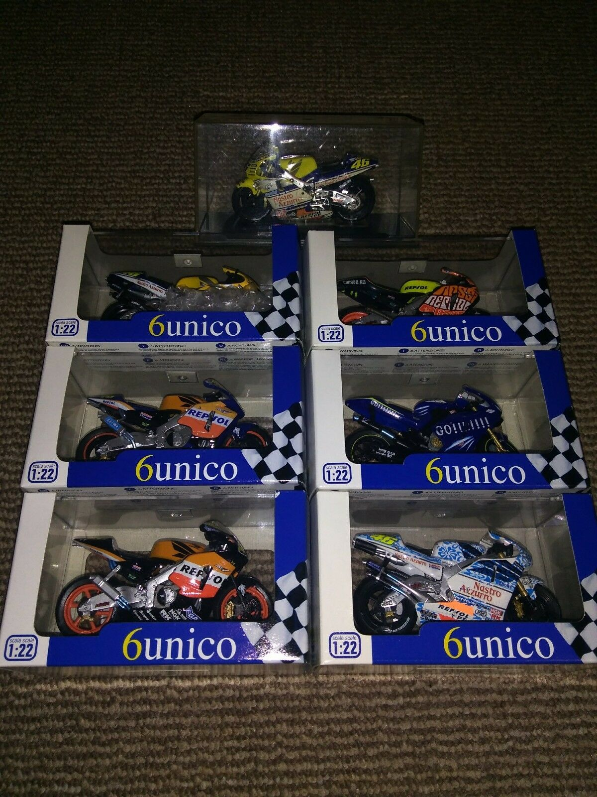 1 22 PredAR -  VALENTINO ROSSI DIECAST MOTO GP BIKE COLLECTION 7 VARIOUS MODELS