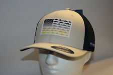 Columbia PFG Hook Patch Flexfit Fitted Mesh Ball Cap in FOSSIL L//XL 7-7 3//4