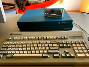 Silicon-Graphics-SGI-Indy-MIPS-R5000-180MHz-128MB-mem-2GB-drive-camera-keyboard