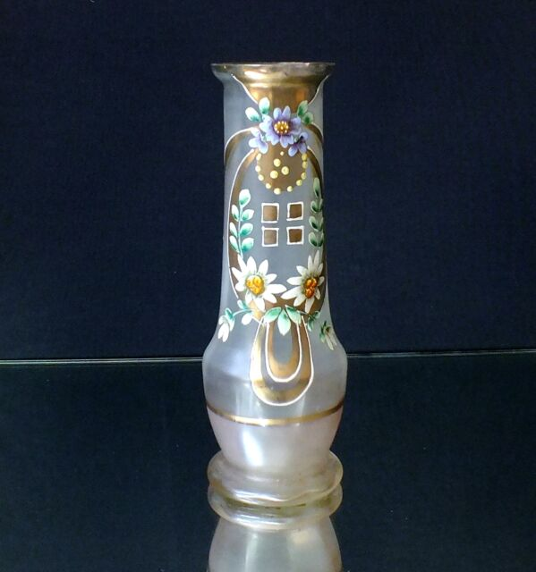 Harrach Neuwelt Jugendstil, Art Deco, Vase, Emaliemalerei, Böhmen, Bohemia, weiß