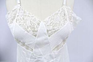 VTG-Full-Slip-White-Nylon-Crystal-Pleated-Lace-Bra-1950S-38-Bust-M-L-NOS