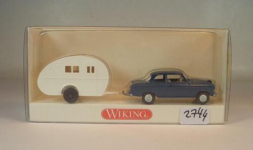 Wiking 1//87 Nr 894 01 26 Borgward Isabella blau mit Wohnwagen OVP #2744