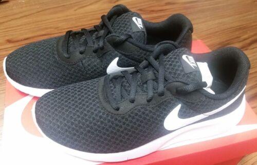 818381-011 Nike TANJUN GS Grade School Kids Black//White Athletic Shoes