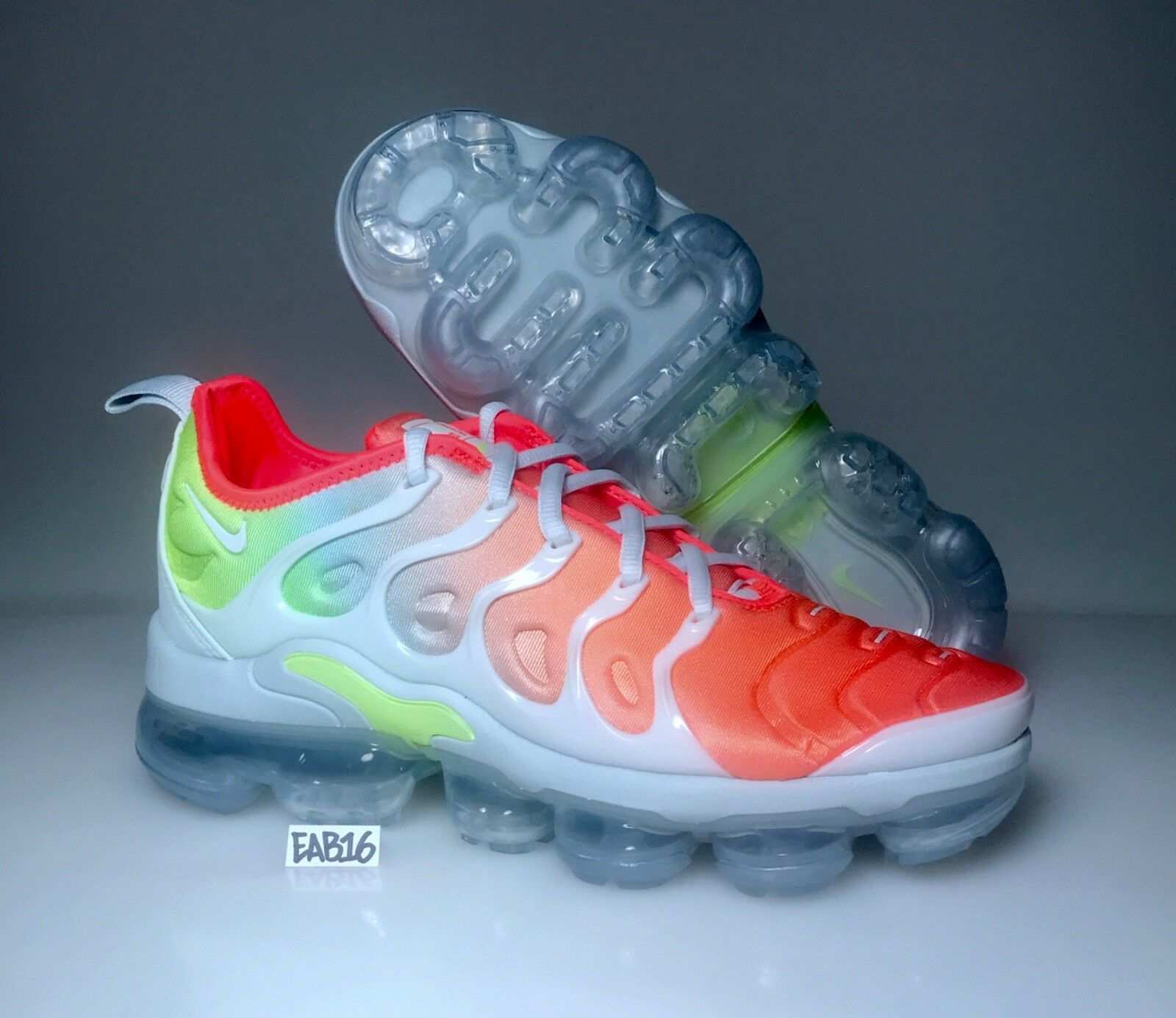 Nike W Womens Air Vapormax Plus Reverse Sunset Barely Grey Volt White