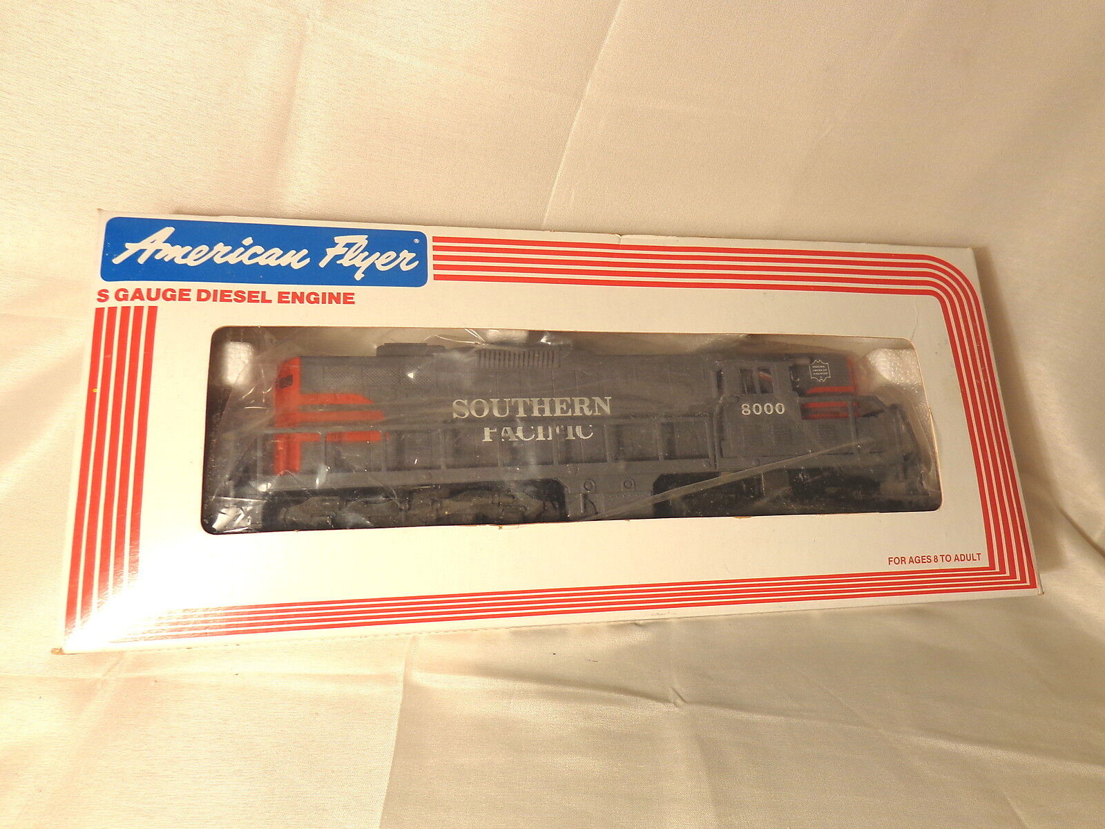 American Flyer 6-48000 Southern Pacific GP-9 Diesel Engine   S Gauge   New  Box