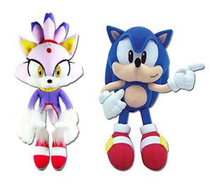 Great Eastern Set Of 2 Sonic The Hedgehog Plush Blaze The Cat Classic Sonic Ebay