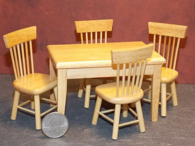 5 PIECE OAK ROUND TABLE SET WITH WINDSOR CHAIRS  DOLLHOUSE FURNITURE MINIATURES