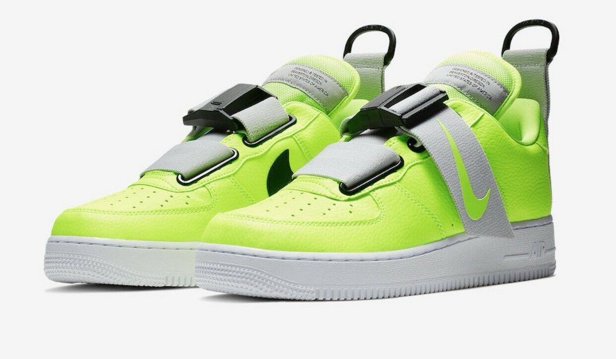 Nike Air Force 1 Utility Volt Size 10.5  AO1531-700 (18301-1AE)