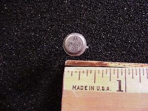 2N697-QTY-5-NPN-Medium-Power-Silicon-Switching-Transistor-Motorola