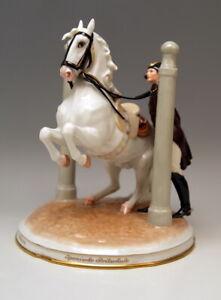 AUGARTEN-PFERD-SPANISCHE-HOFREITSCHULE-IN-DEN-PILAREN-HORSE-VIENNA-DOBRICH-1927