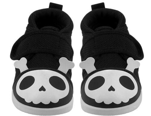 Black White New Squeaky Shoes Skull /& Bones Yochi Yochi Size 7 Captain Zuga
