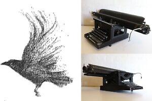 Antique-LC-Smith-Typewriter-Extra-long-bar-Rare-Typewriter