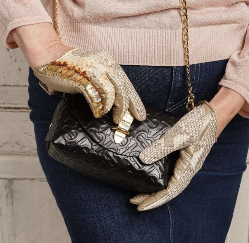 Luxury Women Leather Lined Gloves Size (7) Python And Lamb Skin Waterproof, Shock-Resistant And Antimagnetic