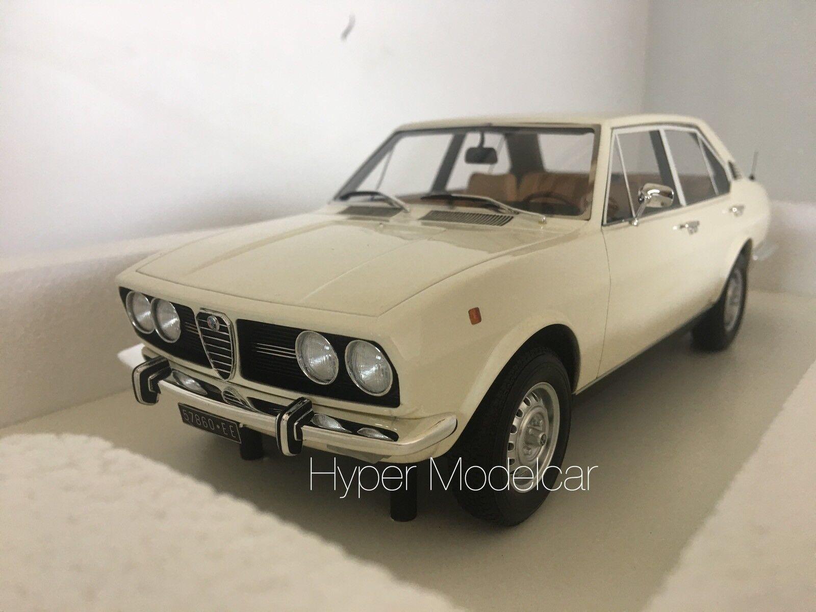 "TRUESCALE 1 18 Alfa Romeo Alfetta 1800 ""1972"" blanc Art. TSM141832R L.E. 180 Pcs"