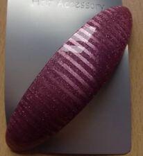 A Silver Stripe Shimmer Effect Oval Barrette Hair Clip