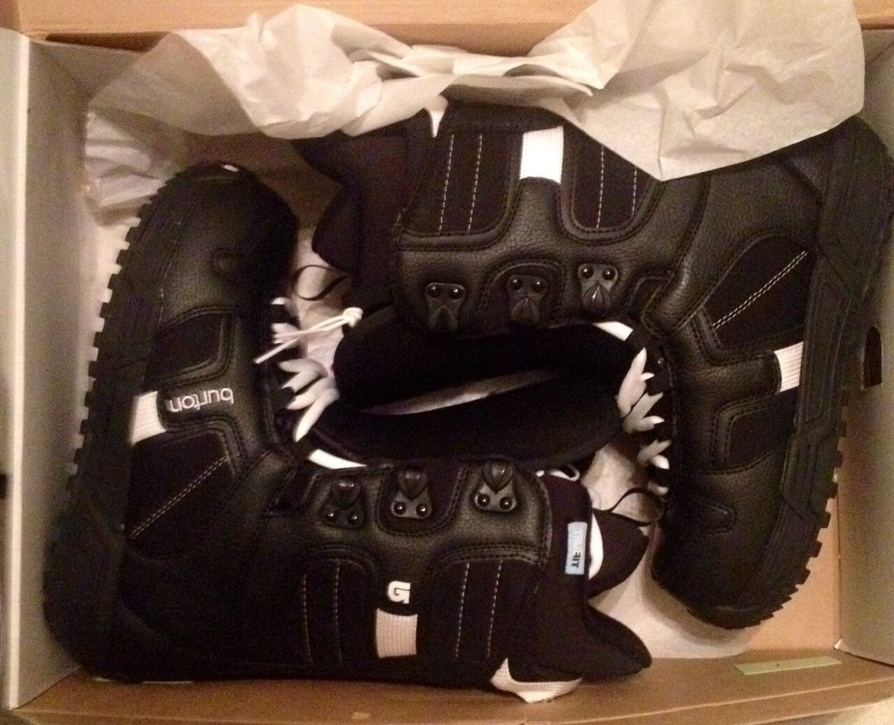 Burton Coco Snowboard Boot Women size 7