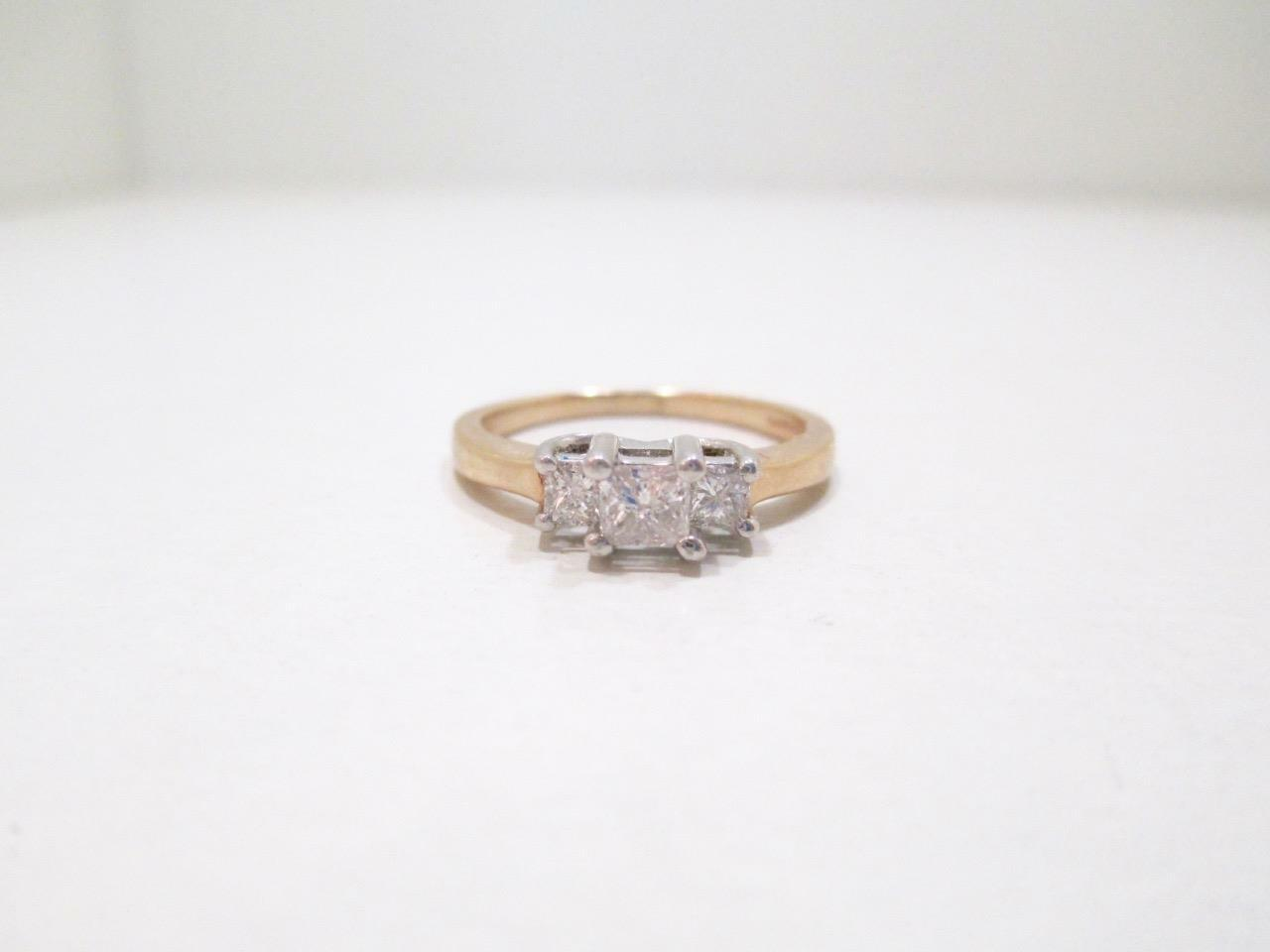 PLATINUM & 14 KT YELLOW gold PRINCESS CUT 1 2 CTW 3 STONE DIAMOND RING SIZE 7.25