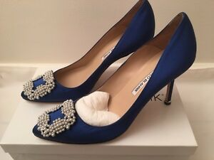 Image is loading NIB-New-MANOLO-BLAHNIK-Hangisi-90-Pearl-Satin-