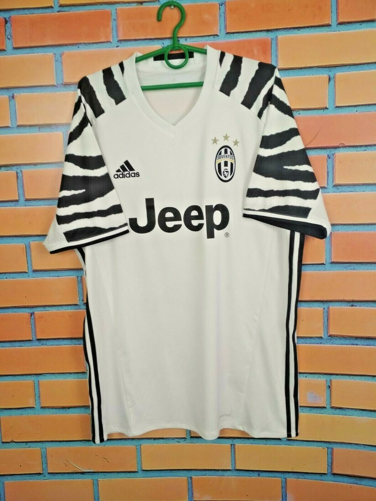 Adidas Juventus 16 17 3rd Shirt Zebra Soccer Jersey Football Ap8906 W Nameset Xs For Sale Online Ebay
