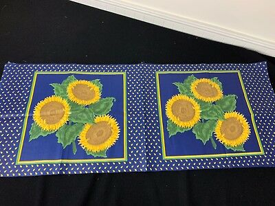 1//2 YARDS OF VINTAGE BLUE /& GOLD SUNFLOWER PRINT COTTON FABRIC