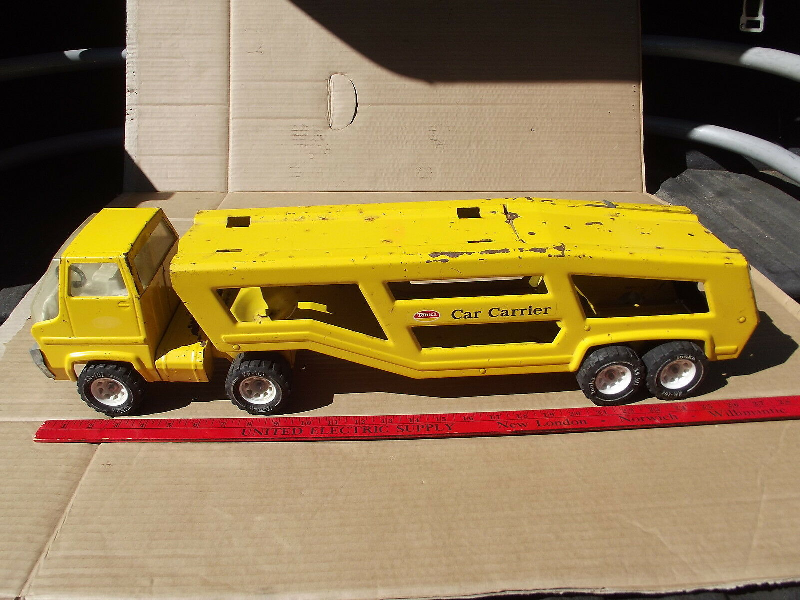 VINTAGE TONKA PRESSED STEEL CAR CARRIER NO 840