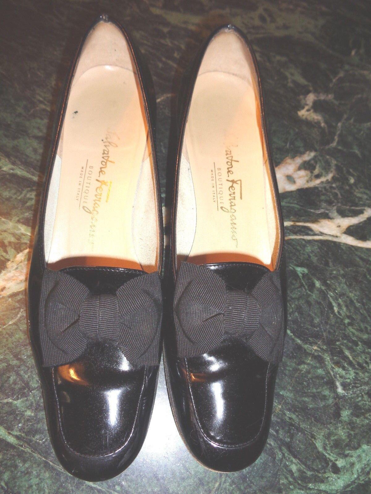 "SALVATORE FERRAGAMO black patent leather & 1.5"" heel with bow 7.5 AA xlnt. cond."