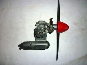 Moteur-avion-RC-modelisme-thermique-OS-MAX-25-SF-occasion-bon-etat