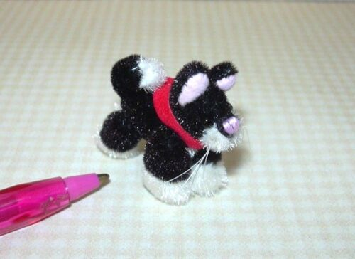 Miniature Plush Black and White Cat w//Red Collar DOLLHOUSE 1:12 Scale