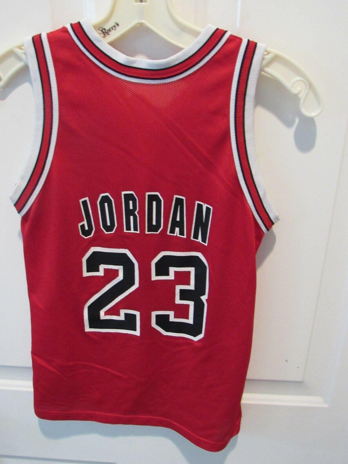competitive price eb133 8633e VTG Michael Jordan Chicago Bulls Jersey boy's size medium 10-12 Champion  NBA 90s