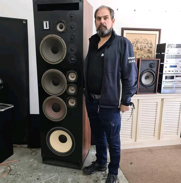 WE PAY CASH FOR OLD HIFI GEAR - WE COLLECT!