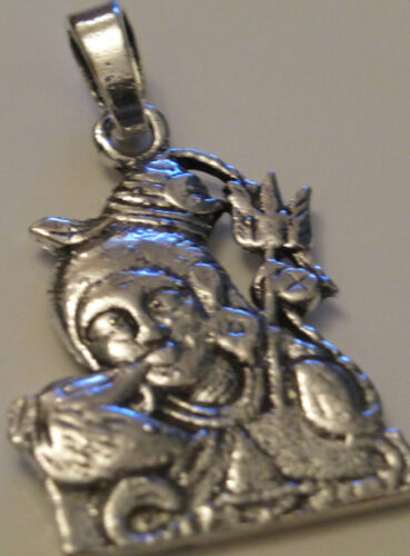 Hindu God Lord Shiva Silver Coloured Pendant 19mm x 23mm SP5