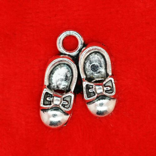 5 x Tibetan Silver Pair of Shoes with bows Wizard of OZ Charm Pendants