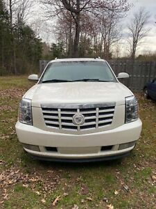 2008 Cadillac EXT Salvage title