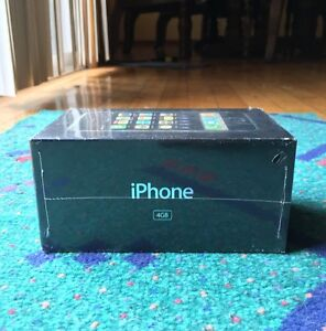 NEW-SEALED-AUTHENTIC-iPhone-1st-Generation-4-GB