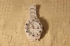 Toy Watch Unisex White Dial Date Band Acrylic
