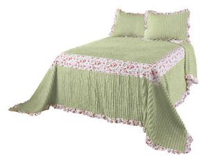 The-Felicity-Chenille-Bedspread-by-OakRidgeTM